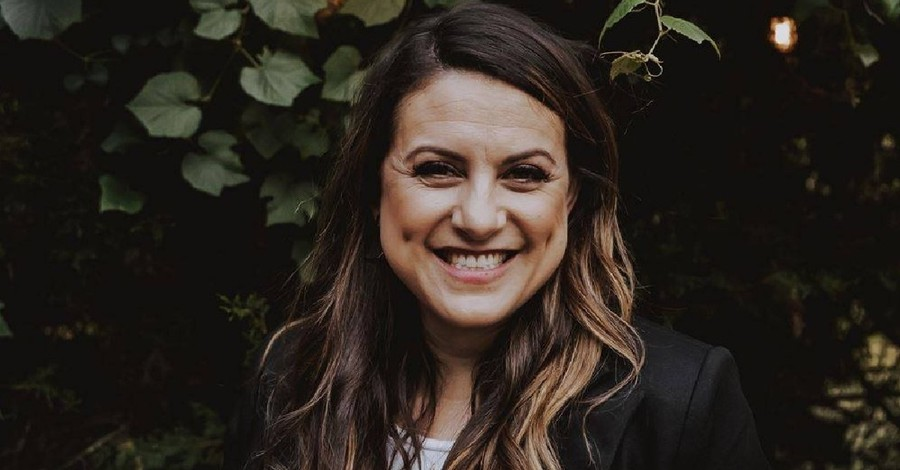 Jamie Ivey, Jamie Ivey encourages Christians to live their lives authentically for Christ