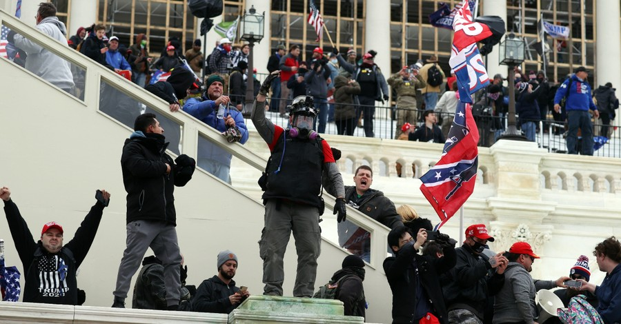 Trump supporters storm the US capitol
