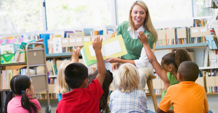 Story time, parents issue complaint after teacher reads book on transgenderism to 3rd graders