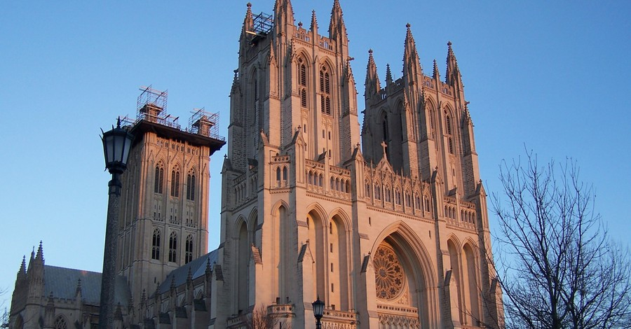 Washington National Cathedral, National cathedral tolls bell 500 times in honor of those lost to COVID-19
