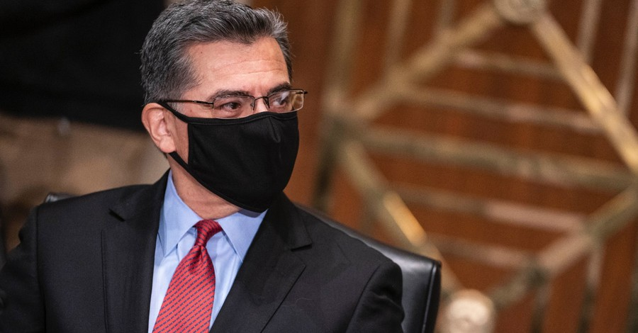 Xavier Becerra, Becerra refuses to reject partial-birth abortions