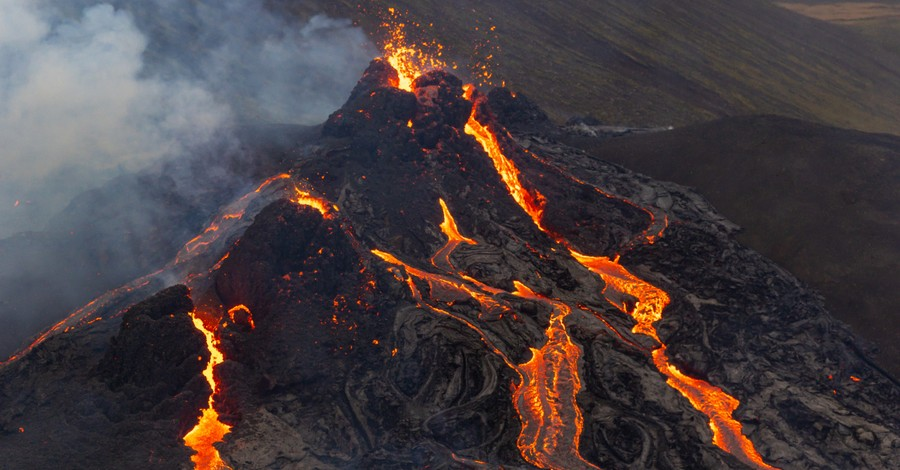 Iceland Volcano, More than 15000 earthquakes trigger volcanic eruption in Iceland