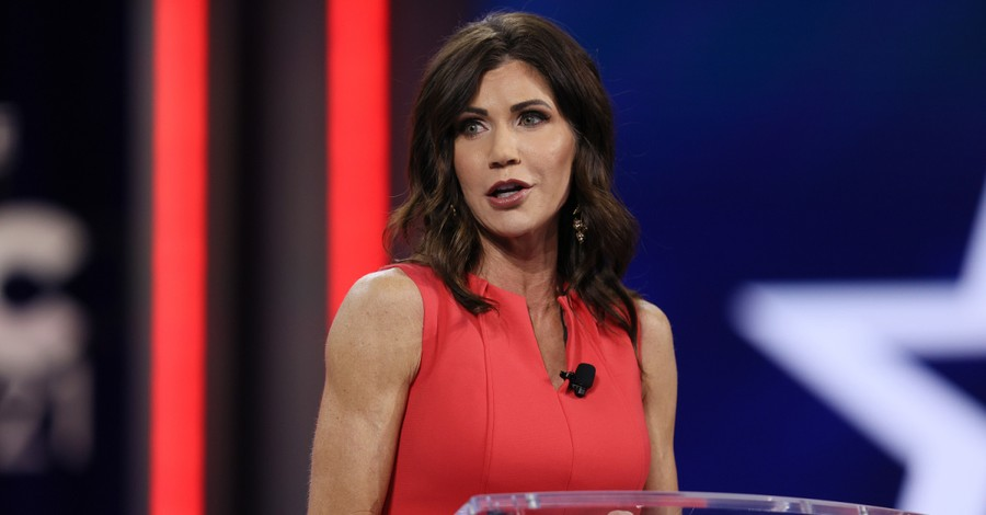 Kristi Noem, Noem launches coalition to protect women's sports
