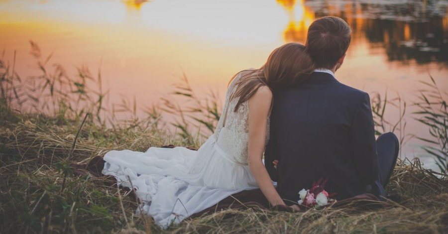 Church of England Stresses that Sex Is Exclusively for Married Heterosexual Couples