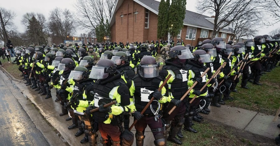 Police surrounding a Brooklyn Center church, MN churches as caught between police and protestors