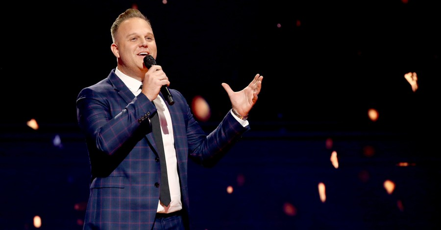 Matthew West, West releases parody song on female modesty