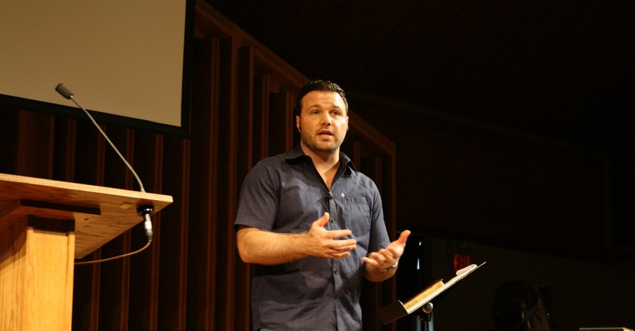 Mark Driscoll, 39 former Mark Hills church elders call on Mark Driscoll to step down from ministry