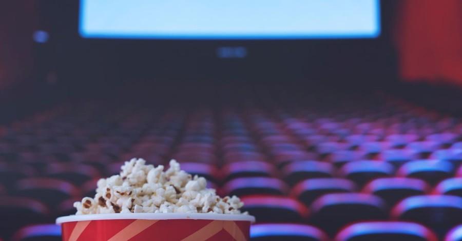 movie theater popcorn critic movies seats premier