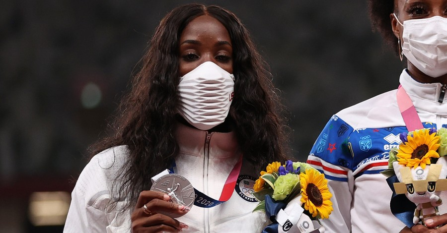 Kendra Harrison, Harrison gives the glory to God after winning silver