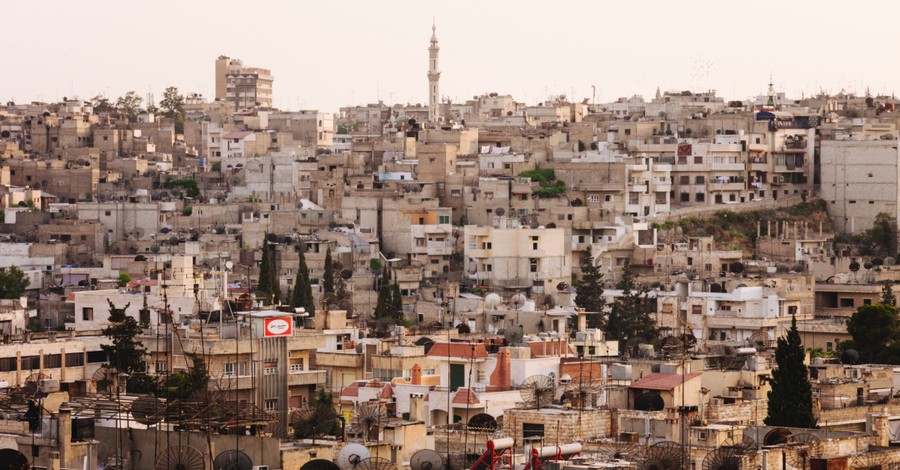 Syria, Catholic aid organization send aid to Syria amid war