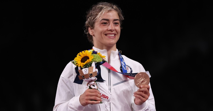Helen Maroulis, Maroulis praises God following Olympic return