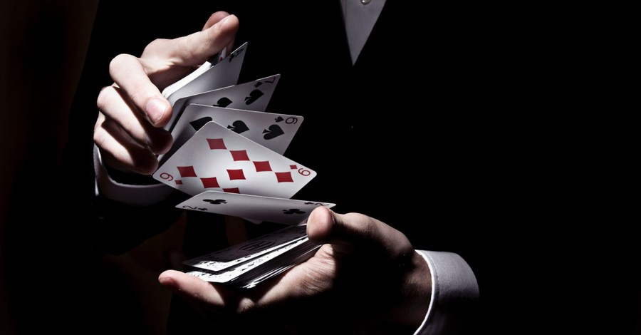 A magician with playing cards, A magician on AGT says he wants to use his talents to share the love of Christ