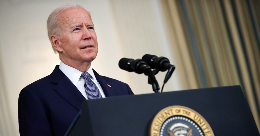 Joe Biden, Biden says he does not agree that life begins at conception