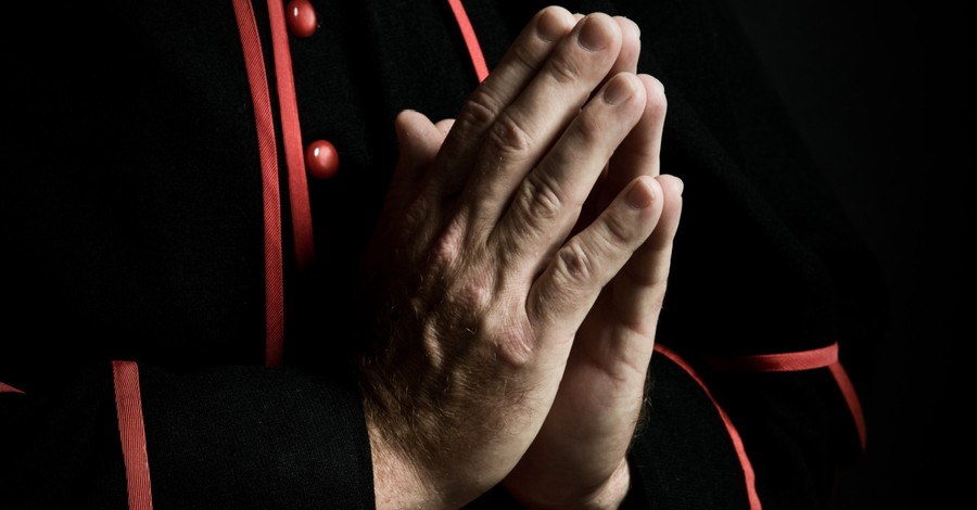 Catholic Bishop, First Nation waits for action following apology by Catholic bishops