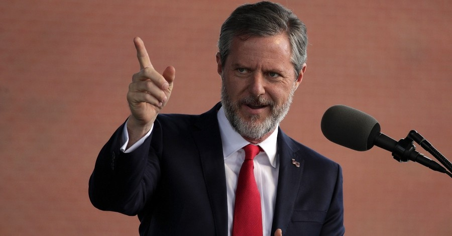 Alumni Organization Asks Liberty Board to 'Permanently Remove' Falwell as President