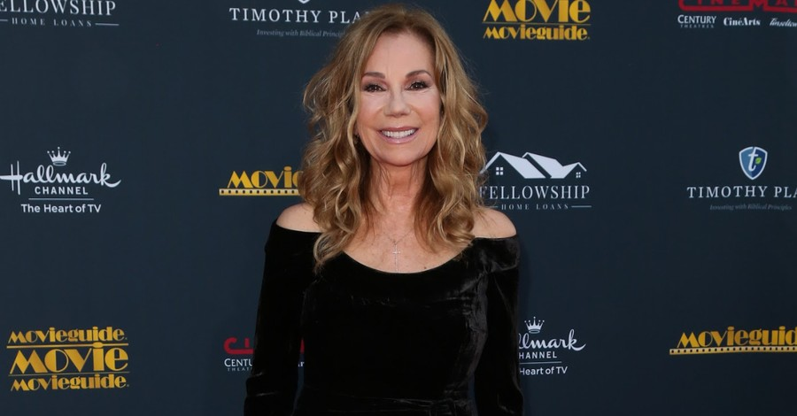 Despite Loss, Difficult Days, Kathie Lee Gifford Asserts We Are 'More Blessed Than We Are Burdened'