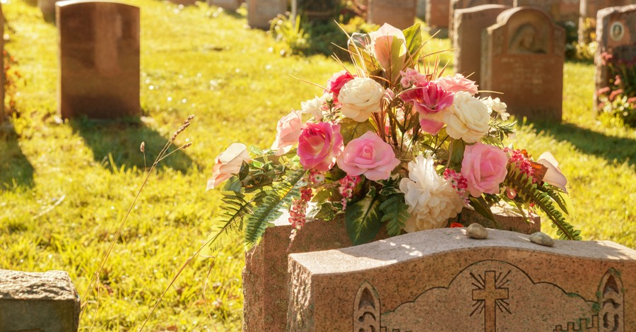 Indiana Attorney General Holds Mass Funeral for Remains of 2,411 Aborted Babies