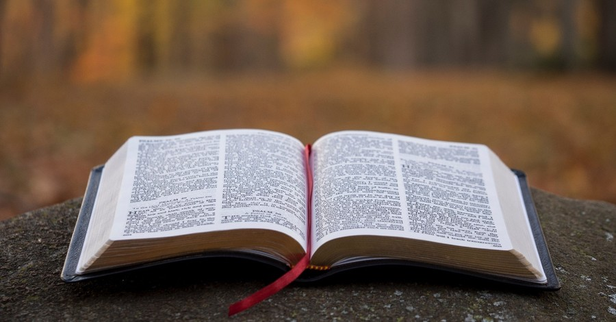 Bible Remains Undamaged after Truck Goes up in Flames