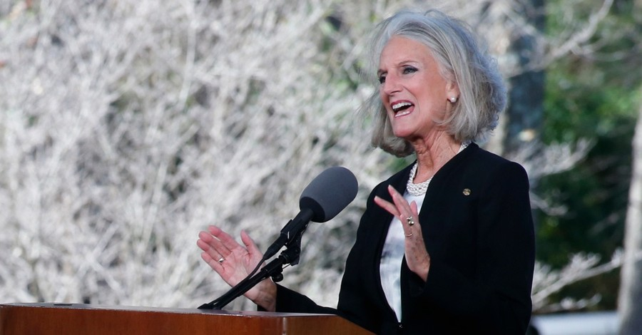 Anne Graham Lotz Questions if the Coronavirus Is a Sign of the End Times