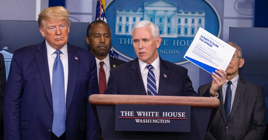 Trump, Pence Thank Churches for Suspending Services: Americans 'Are Coming Together'