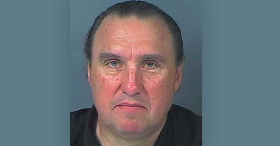 Florida Pastor Arrested for Holding In-Person Church Service during Coronavirus Pandemic