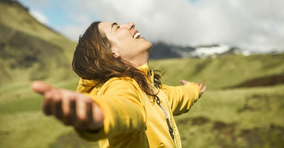 10 Ways God Speaks to Us Today