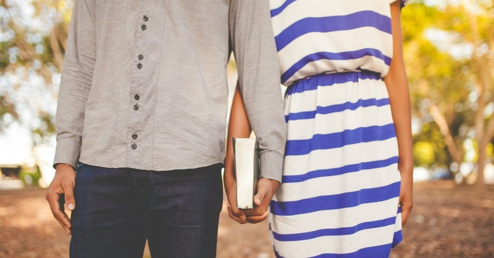 10 Scriptures Every Married Couple Should Memorize