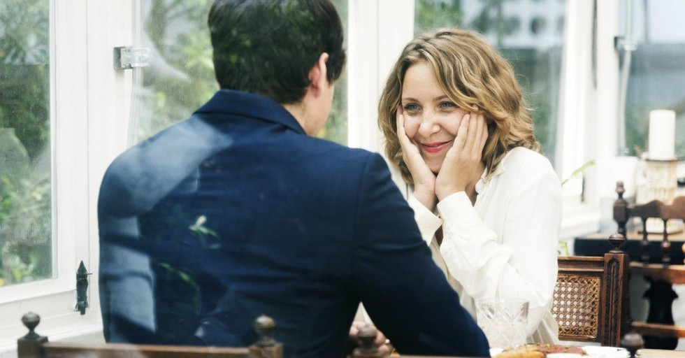 10 Date Conversation Starters That Have Nothing to Do with Your Kids
