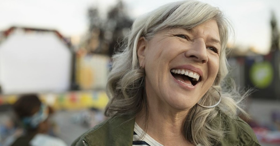 Top 10 Ways to Enjoy Singleness in Your 60s