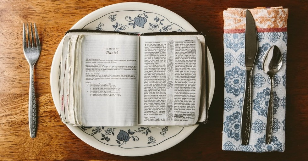 12 Thanksgiving Celebrations in the Bible