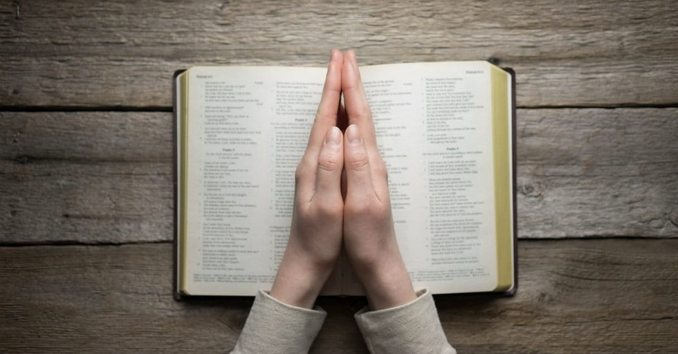 10 Prayers for Your Bible Reading