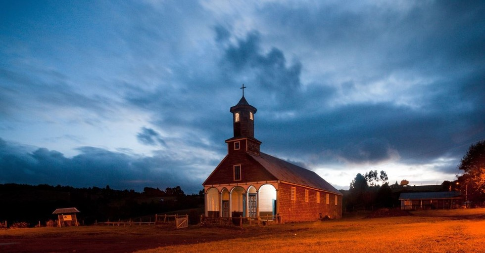 How to Stay Motivated When Looking for a New Church