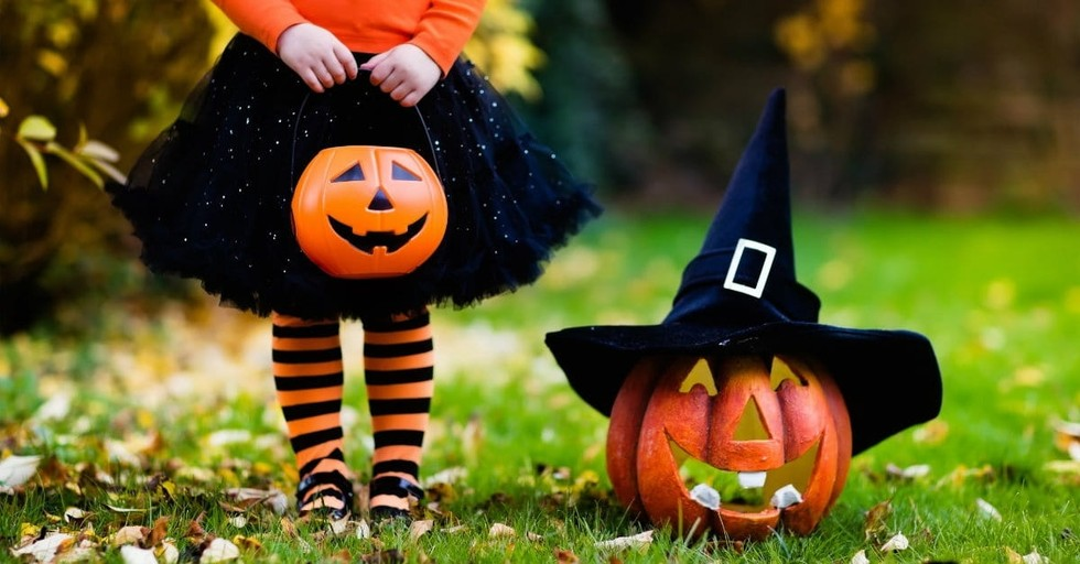 10 Family Discussion Starters about Halloween