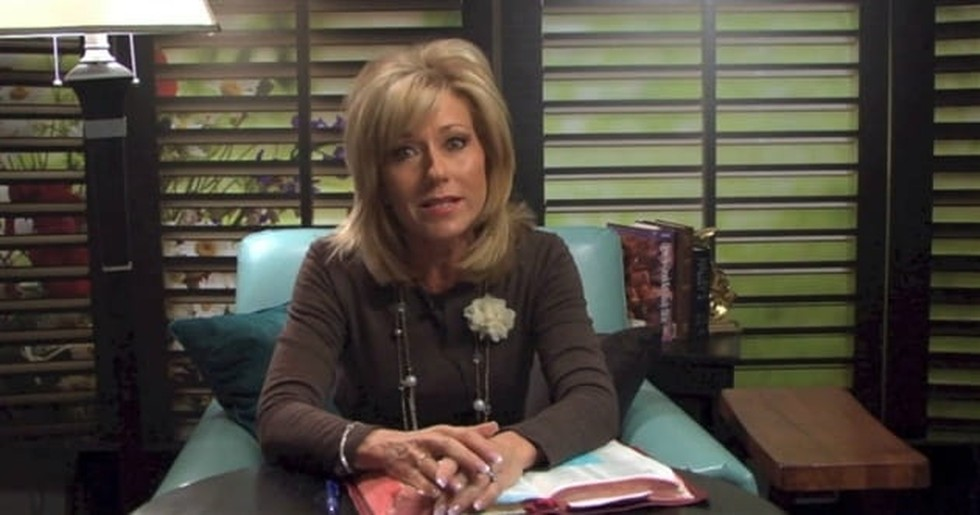 10 Inspiring Beth Moore Quotes for Every Christian Woman