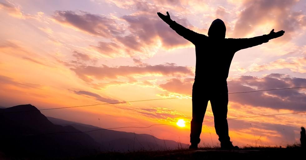 5 Amazing Ways to Throw Satan off His Game with Worship
