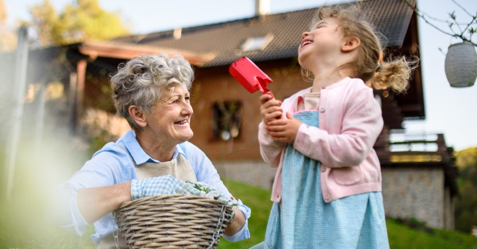 10 Uplifting Lessons Your Grandchildren Will Teach You