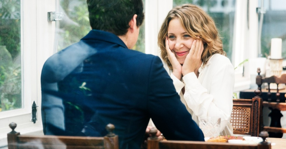 10 Old-School Acts of Love That Will Surprise Your Spouse