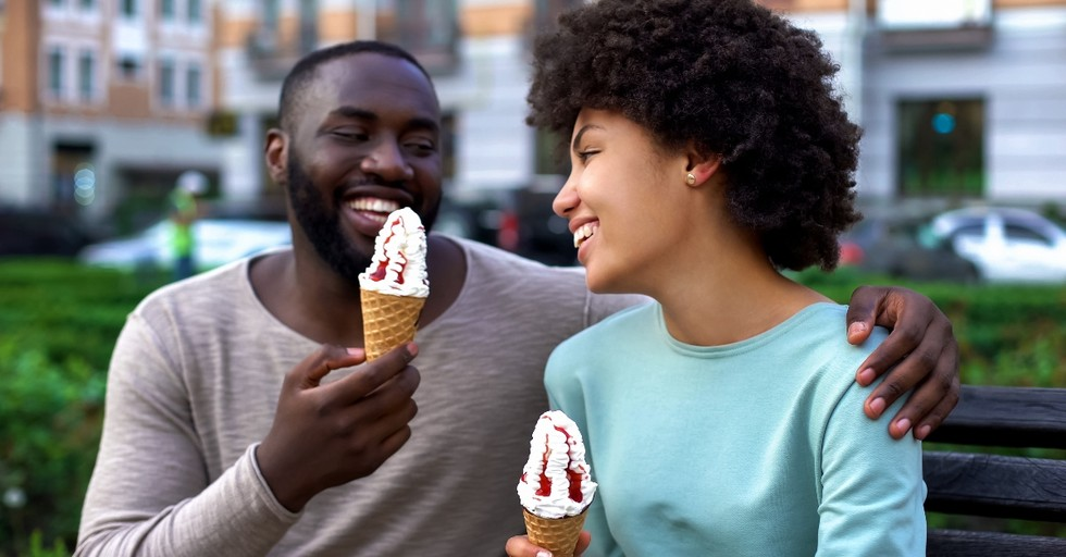 7 Fun and Inexpensive Date Ideas for This Weekend