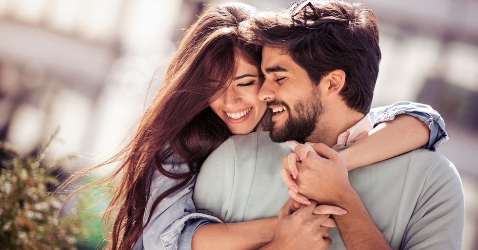 10 Ways to Make Your Husband Happy (and Your Marriage Better!)