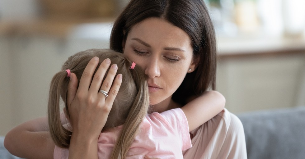 4 Burdensome Lies Mothers Tell Themselves